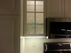 cabinetlights1